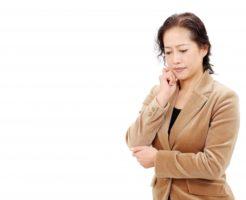 最近気になる頭皮の臭い原因は加齢臭?すぐにできる対策方法をご紹介_女性