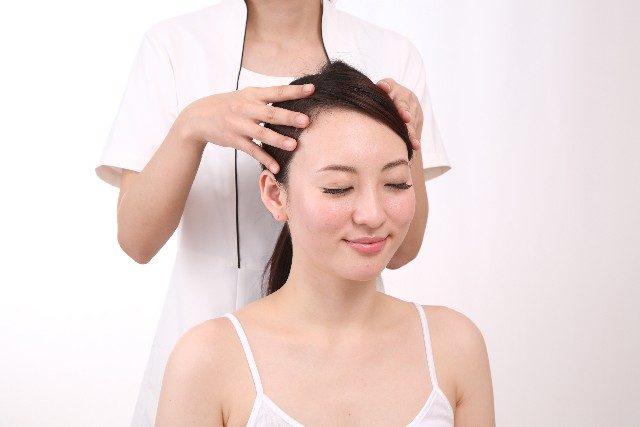 クレンジングオイルで頭皮ケアしてみた!頭皮の臭い原因を解消!_頭皮マッサージ