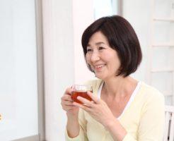 頭皮の臭いは加齢臭?50代女性の臭いと髪のべたつきに皮脂コントロール!