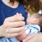 クリアハーブミストを産後の頭皮の臭い解消に!赤ちゃんへの影響は?