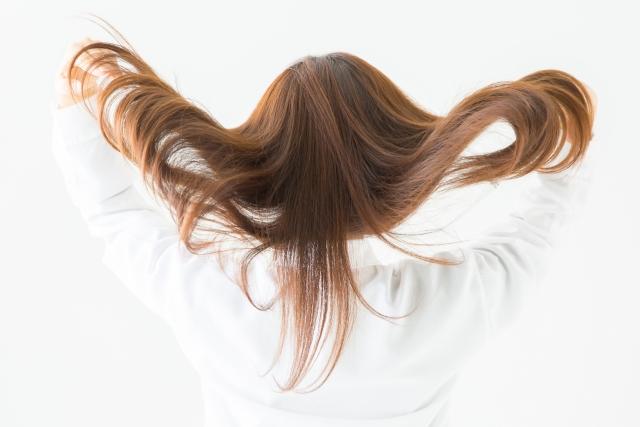 haruシャンプー_髪かき上げ