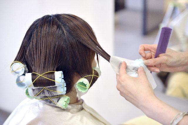 パーマが原因の頭皮の臭い を簡単に解決する方法はクエン酸リンス?