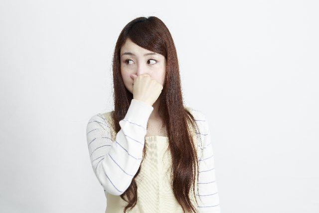 ダブルヘッド臭の改善方法は?頭皮の臭いと髪の毛の臭いに徹底対抗