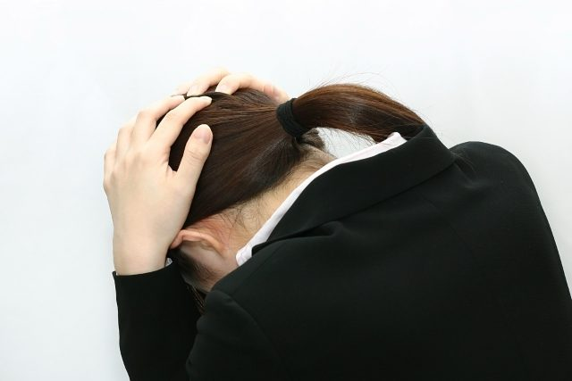 女性ホルモンの乱れは脂漏性皮膚炎が悪化する?生理前は特に注意2