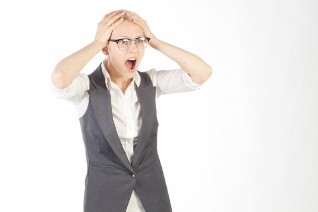 女性ホルモンの影響でミドル脂臭が発生しやすくなる?ミドル脂臭と女性ホルモンの関係性は?