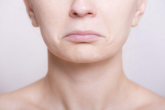 鼻をすする ヒトの行動心理?頭皮ケアで臭いと不安を解消!