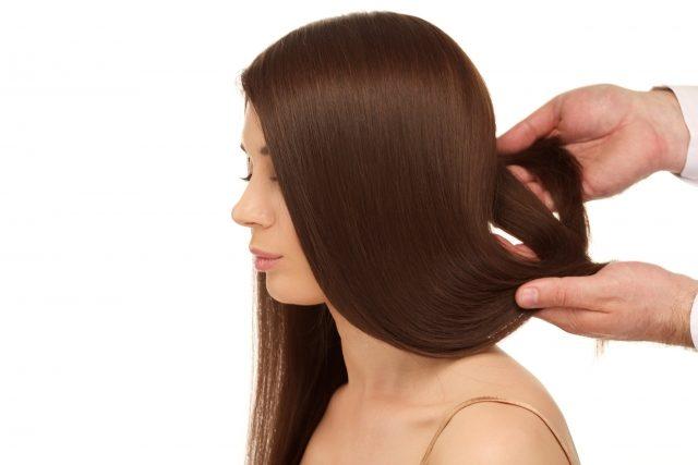 静電気が起きるのはなぜ?haruシャンプーでまとまる髪の毛に!