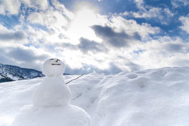 冬の頭皮は臭い ってホント?頭皮ニキビができやすい季節の対策!