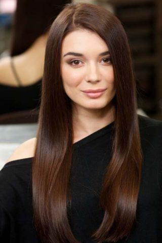 柔らかい髪がうらやましい!健康的に固い髪質を柔らかくする方法